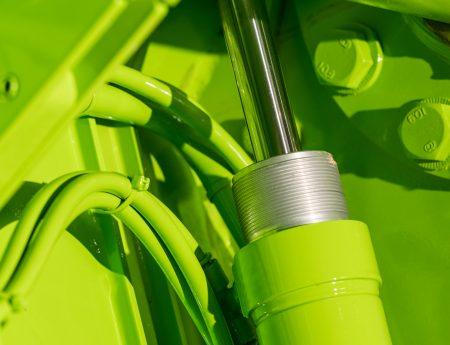 C.P. Davidson & Sons Ltd - Titan 2406 bin lifter